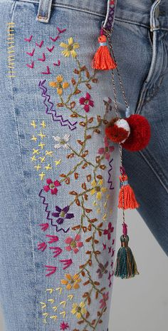 Textile Elizabeth And James Embroidered Jimi Flare Jeans in Blue Diy Jeans, Cheap Jeans, Cross Stitch Embroidery, Embroidery Patterns, Hand Embroidery, Diy Bordados, Sewing Dress, Diy Mode, Denim Ideas