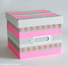Best Washi Tape Crafts On the lookout for some superior however straightforward DIY concepts? Have you ever heard of washi tape crafts? You'll have simply discovered your ex. Manualidades Washi Tape, Diy Washi Tape Crafts, Washi Tape Uses, Diy And Crafts, Washi Tapes, Masking Tape, Diy Room Decor For Teens, Diy For Teens, Crafts For Teens