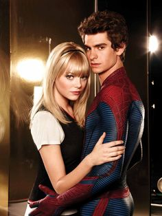 The Amazing Spiderman. Andrew Garfield as Peter Parker, Emma Stone as Gwen Stacy. They both did a fantastic job. As much as I miss Tobey Maguire, I think I have room to accept Andrew Garfield as another Spiderman :) Gwen Stacy, Amazing Spiderman, Spiderman 1, Parker Spiderman, Irrfan Khan, Martin Sheen, Andrew Garfield, Pretty People, Beautiful People