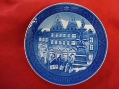 "2009 ROYAL COPENHAGEN RC CHRISTMAS PLATE "" CHRISTMAS AT AMAGERTOV "" in Collectibles, Decorative Collectibles, Decorative Collectible Brands 