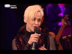 Oh, Mariza!  Your FADO music is so amazing!!!!!!!!!  Thank you!