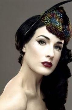 Pale face, dark lip. yes. Dita