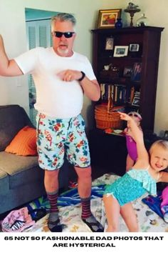 65 Not So Fashionable Dad Photos That Are Hysterical #fashion #dad #photos #hysterical Funny Today, Trending Today, Magic Tricks, Food Design, Beautiful Dogs, Amazing Nature, Photo S, Cute Dogs, Dads