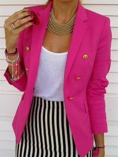 What to Wear to Your Summer Internship Interview : This is also a very stylish and feminine outfit. For my job, I would rather have a solid skirt. The blazer is such a statement! Pink Blazer Outfits, Girly Outfits, Stylish Outfits, Design Thinking, Blazers Rosa, Light Pink Blazers, Black Blazers, Instyle Fashion, Interview
