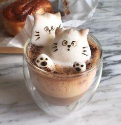 The Most Satisfying Cappuccino Latte Art - Coffee Brilliant Coffee Latte Art, Coffee Love, Coffee Break, Nespresso Recipes, Coffee Cupcakes, Christmas Deserts, Cappuccino Machine, Brunch, Italian Coffee