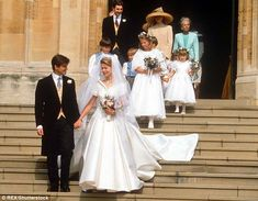 Lady Helen Windsor, daughter of Edward, the Duke of Kent, and Timothy Taylor. Princess Eugenie And Beatrice, Princess Of Wales, Royal Brides, Royal Weddings, Charlotte Windsor, Bridal Gowns, Wedding Gowns, Kate Middleton Wedding Dress, Real Life Princesses