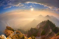 Sunset at Three Crowns, Pieniny, Poland photo by Agencja BE