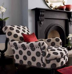 I want this in my bedroom!   black polka dots