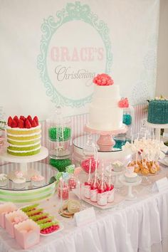 Bright colored desserts and rock candy display Candy Table, Candy Buffet, Cupcake Party, Cupcake Cakes, Owl Cakes, Wedding Cupcakes, Mini Cakes, Cupcakes Bonitos, Tolle Cupcakes