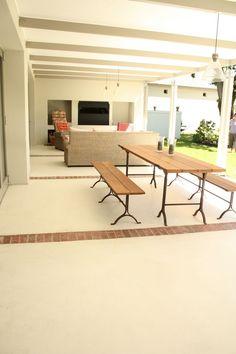 Cemcrete cement-based exterior floor finish using contrast paving to break it up Screed Floors, Concrete Floors, Flooring, Outdoor Rooms, Outdoor Living, Outdoor Areas, Salisbury House, Built In Braai, Outside Room