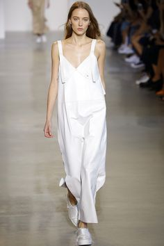 Calvin Klein Collection Spring 2016. See the entire collection on Vogue.com