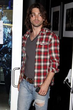 Browse 313 high-quality photos of Justin Gaston in this socially oriented mega-slideshow.  Updated: August 25, 2015.