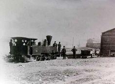Η ιστορία του σιδηρόδρομου Πειραιά - Κηφισιάς: Ο Αστικός Σιδηρόδρομος Πειραιά - Κηφισιάς, γνωστός ως «Ηλεκτρικός», μετράει σχεδόν ενάμισι αιώνα ζωής. Ατμοκίνητος αρχικά και ηλεκτροκίνητος αργότερα, συνέδεσε το 1869 την Αθήνα με τον Πειραιά...