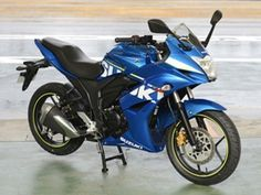 http://bikebazzar.com/bike/suzuki-gixxer-bike/  Suzuki dispatched their new 155cc cruiser the Gixxer, on September 9 after it was initially divulged toward the begin of 2014. It was then showcased at the 2014 Auto Expo in February. Suzuki has advanced the Gixxer as a road game bicycle focusing on it at the young in India.