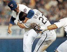 "Nolan Ryan & Robin Ventura.  Didn't anybody ever tell Ventura, ""Don't mess with Texas"" ???"