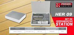 El artículo del día es el HER 09 SET DE HERRAMIENTAS STATION SET DE HERRAMIENTAS STATION (Incluye flexómetro, desarmador, 3 llaves allen, 10 puntas para desarmador. Incluye estuche.) Conoce más de él en www.promoopcion.com Material: Plástico / Metal Medida: 10.5x14x2.7 cm Área de impresión: 8x11 cm  Técnica de impresión recomendada: Serigrafía Color: Plata  CONSULTA EXISTENCIAS Y PRECIOS CON TU EJECUTIVA DE CUENTA.