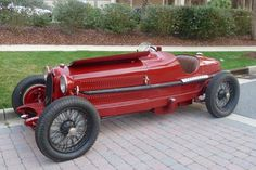 Photos, history and profile of a Pur Sang 8C 2300 Monza offered for sale.