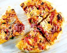 """Search Results for """"brood"""" – Page 13 – Boerekos – Kook met Nostalgie Iron Skillet Recipes, Skillet Meals, Chef Recipes, Pizza Recipes, Feta Pizza, Biltong, Pitta, Recipe Search, Types Of Food"""