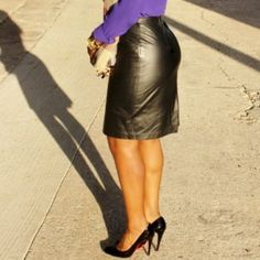 "Genuine Leather Skirt Supple leather with a brand new zipper and original snap button. Two front pockets and a conservative slit in the back. 100% leather exterior, 100% Nylon Lining. Length 22"" Waist 27"" Size 8 fits a Small or Medium. No Trades or Pp. PRICE FIRM Skirts"