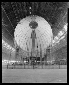 USS Akron or USS Macon, under construction