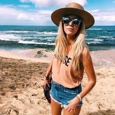 https://www.instagram.com/p/-7ypfrzPy9/?taken-by=the_salty_blonde