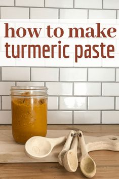 How to make the easiest turmeric paste to mix into your golden milk or turmeric tea! Try this recipe Tumeric Paste Recipe, Turmeric Paste, Turmeric Milk, Turmeric Recipes, Salve Recipes, Milk Recipes, Health Recipes, Tea For Colds, Recipes