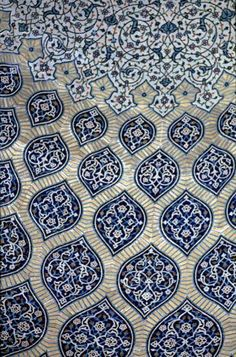 Magnificent blue tiles islamic pattern
