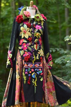 Floral sweater COAT fantasy art to wear refashioned OOAK Unique Fashion, Boho Fashion, Nordstrom Coats, Fairy Clothes, Moda Boho, Floral Sweater, Couture Details, Embroidery Fashion, Cool Sweaters