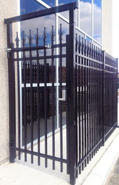 Vertical Pivot Gate And Gate Operator Vertical Pivot Gate