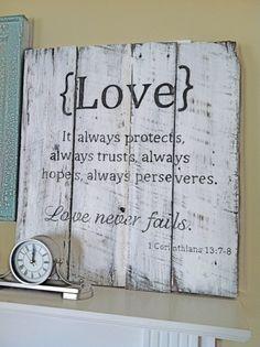 El amor siempre protege, siempre confía, siempre tiene esperanzas, siempre es preservado. El amor nunca falla.