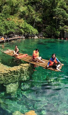 It's More Fun in the Philippines » Cast away.