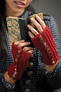 It's all about the buttons in these fingerless crochet mittens. Fingerless Gloves Knitted, Crochet Gloves, Knit Crochet, Interweave Crochet, Crochet Tree, Crochet Wrist Warmers, Hand Warmers, Crochet Accessories, Mittens