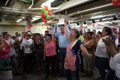 Neftalí Del Toro convive con locatarios tapachultecos http://noticiasdechiapas.com.mx/nota.php?id=86147 …