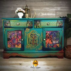 Funky Painted Furniture, Decoupage Furniture, Art Furniture, Handmade Furniture, Upcycled Furniture, Furniture Refinishing, Diy Painting, Painting On Wood, Meubles Peints Style Funky