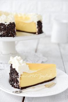 Eierlikör- Käsekuchen Eggnog cheesecake Related Post When you are looking for a no-bake dessert, this E. Cheesecake at its finest Banana Pudding Cheesecake Dip Peanut Butter Oreo Buckeyes Baking Recipes Cupcakes, Cookie Recipes, Dessert Recipes, Eggnog Cheesecake, Cheesecake Recipes, Food Cakes, Easter Recipes, Cake Cookies, Easy Desserts