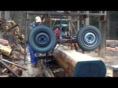 It& quite easy to cut down a huge massive timber with this homemade sawmill tire by using the axle of a car and making a simple mechanism with it. Homemade Chainsaw Mill, Homemade Bandsaw Mill, Portable Bandsaw Mill, Portable Saw Mill, Lumber Mill, Wood Mill, Chainsaw Mill Plans, Timber Framing Tools, Diy Bandsaw