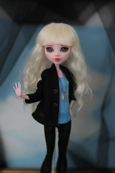 Cardigan for Monster High / EverAfterHigh and 1/6 same size doll