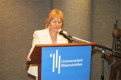 La Universidad Maimónides de Buenos Aires imparte una licenciatura en gerontología.