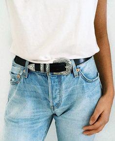 white tee + boyfriend jeans + #blowthebelt western belt