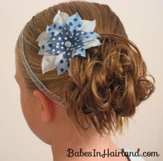 Messy bun! Flower girl hair?  http://babesinhairland.com/hairstyles/quick-easy-messy-bun-my-way/