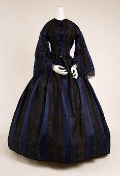 1852-1854, France - Silk dress