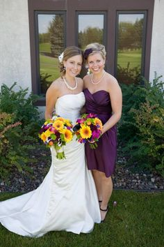 Fall themed wedding flowers created by Lexington Floral in Shoreview, Minnesota.     #weddingflowers #fallwedding