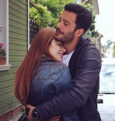 Elcin Sangu and Baris Arduc Perfect Couple Pictures, Cute Love Couple, Big Love, Couple Photos, Cute Muslim Couples, Romantic Couples, Cute Couples, Turkish Men, Turkish Actors