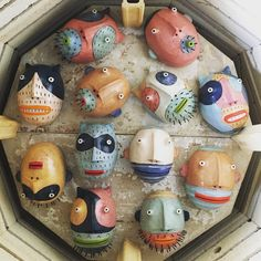Photo's of recent ceramic pieces Ceramic Mask, Ceramic Clay, Ceramic Pottery, Pottery Art, Ceramic Figures, Ceramic Artists, Coil Pots, Clay Art Projects, Handmade Christmas Decorations