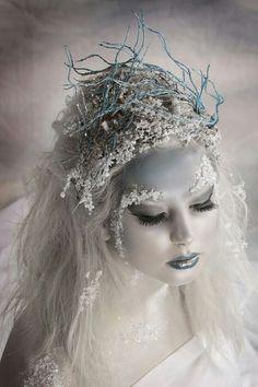 Pretty witch casting a spell #allhqfashion http://www.allhqfashion.com/