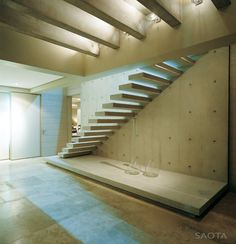 Stairs without railing - Temporarily or freestanding staircase often seem to have no livelihood. The stairs may stick out from the wall or to connect to a Concrete Staircase, Modern Staircase, Staircase Design, Interior Stairs, Interior And Exterior, Stairs Without Railing, Contemporary Architecture, Interior Architecture, Stairs Architecture