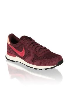 Nike Internationalist HUMANIC - http://www.humanic.net/at/Damen/Schuhe/Sneaker/Nike-Wmns-Internationalist-rot-1711125817