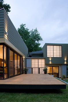 Durable outdoor wood plastic wall panels sales cheap and hot sale in Mauritius Exterior Paint, Exterior Design, Floating Deck, Pergola Designs, Backyard Designs, Level Homes, Outdoor Kitchen Design, Building A Deck, Cool House Designs