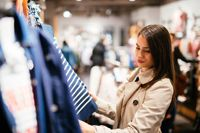Tactile Inspection: Buying In Person Versus Buying Online | OFFPRICE SHOW - LAS VEGAS