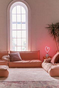 Slide View: 2: Lennon Loveseat Sofa